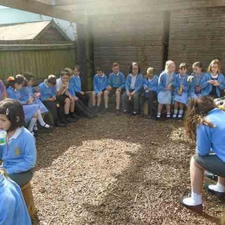 Milk & fruit in our new outdoor classroom – Y3